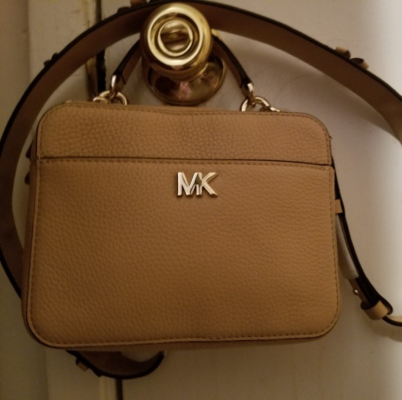 81b4e8ed4ae0 NWT Michael Kors Mini Guitar Strap Crossbody
